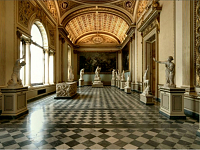 The Greek myth of Niobe and the Uffizi neoclassical room